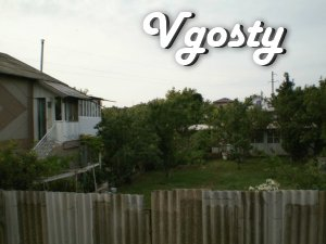Rent a big house in Evpatoria (Razdolnensky Highway 4) - Apartments for daily rent from owners - Vgosty