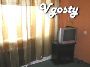 4th floor of 10 floor apartment doma.V: - 2-bed- - Apartments for daily rent from owners - Vgosty