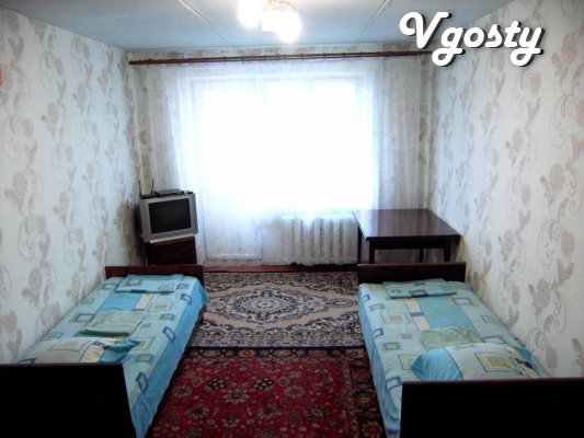 Daily rent 1-room apartment Standard-class in Slavyansk - Apartments for daily rent from owners - Vgosty