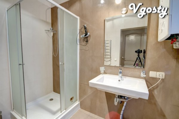"Rent 1k. studio Deribasivska ""hi-tech"" - Apartments for daily rent from owners - Vgosty"