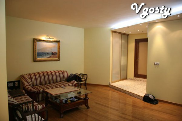 Rent an apartment 10 minutes. from Deribasovskaya - Apartments for daily rent from owners - Vgosty