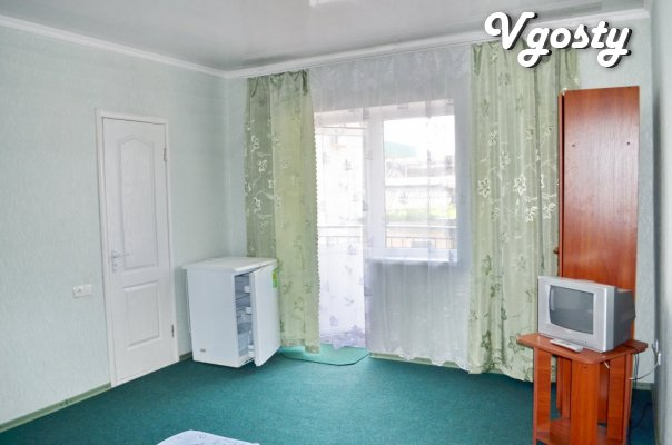 Holiday accommodation in the Sea of Azov Berdyansk Hotel Irina - Apartments for daily rent from owners - Vgosty
