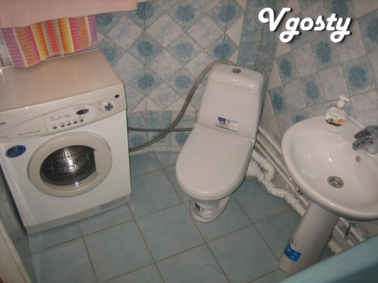 fresh repair, a large bed with a podiatrist. mattress, the whole byt.t - Apartments for daily rent from owners - Vgosty