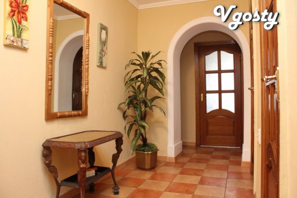 cozy apartment in the center of the host - Apartments for daily rent from owners - Vgosty