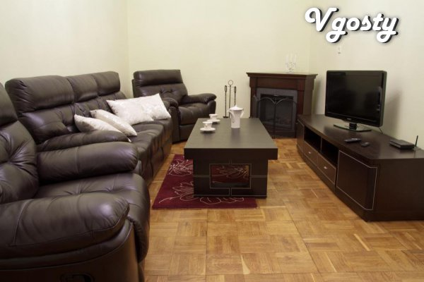 Trehkomnatnaya apartment is located on one floor - Apartments for daily rent from owners - Vgosty
