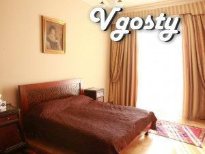 Pyatykomnatnaya Premium flat for a 10-man - Apartments for daily rent from owners - Vgosty