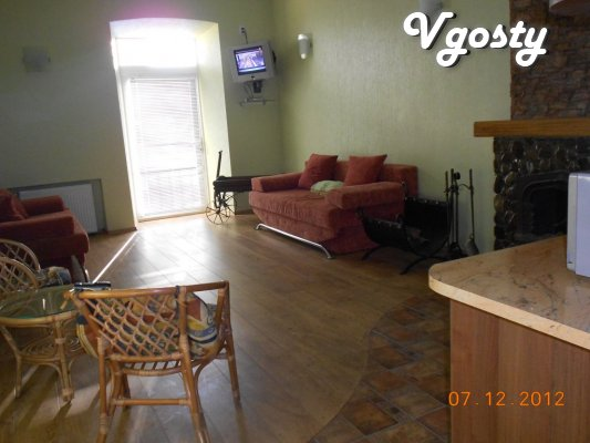 Connoisseurs of comfort and coziness offers apartments in the center o - Apartments for daily rent from owners - Vgosty