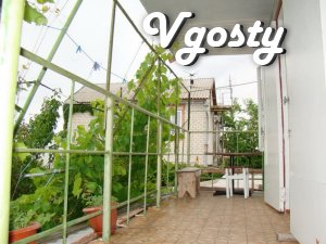 Inexpensive rest in Berdyansk Victor, Berdyansk - Apartments for daily rent from owners - Vgosty