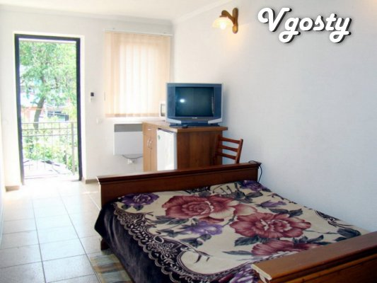 Rent rooms in Berdyansk Center 'Edelweiss' - Apartments for daily rent from owners - Vgosty