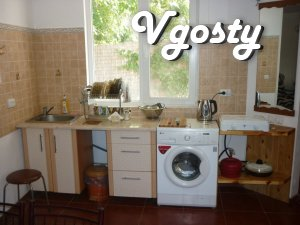 Rent a house with a swimming pool in Odessa near the Sea - Apartments for daily rent from owners - Vgosty
