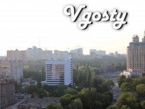 Здам 3-х кімнатну в Одесі біля пляжу Аркадія .Генуезкая - Квартири подобово без посередників - Vgosty