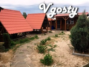 Rest on the Berdyansk spit, 50 meters from the sea - Apartments for daily rent from owners - Vgosty