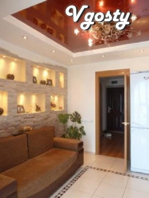 2 to the square VIP. daily, the commission is 0% g.Chernomorsk (Ilyich - Apartments for daily rent from owners - Vgosty