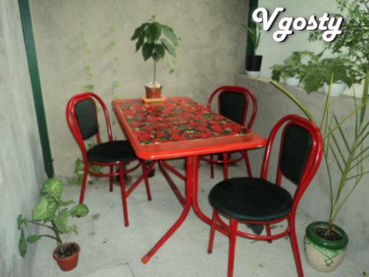 House with besedochkoy for 3 people to the sea 10 - Apartments for daily rent from owners - Vgosty