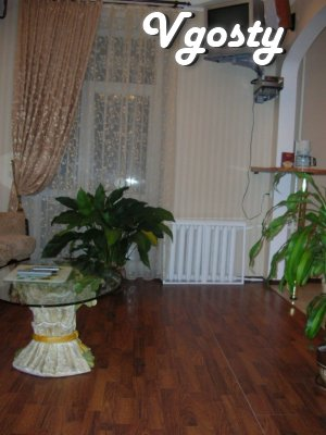 Lyuksovskaya apartment in the center - Cathedral - Apartments for daily rent from owners - Vgosty